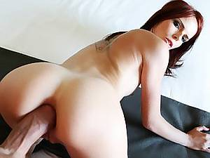 Red-haired girl Susana has a dirty sex outdoor