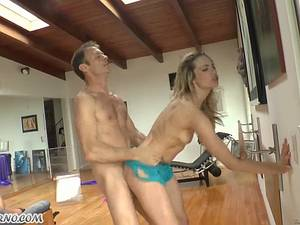Slutty bitches Bailey Blue and Chanel Preston like big cocks in their asses