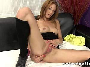 Redhead Billa shows her tight pussy some solo loving
