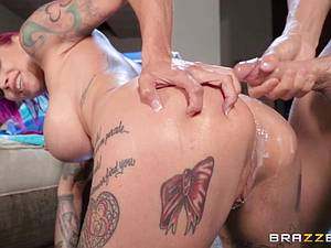 Punk slut Anna Bell Peaks gets her asshole annihilated by Xander