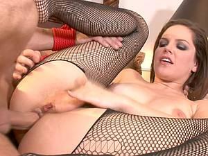 Kinky mistress Bobbi Starr rides her slave