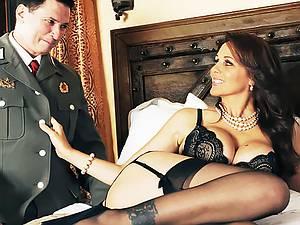 The female special agent seduces a Soviet spy
